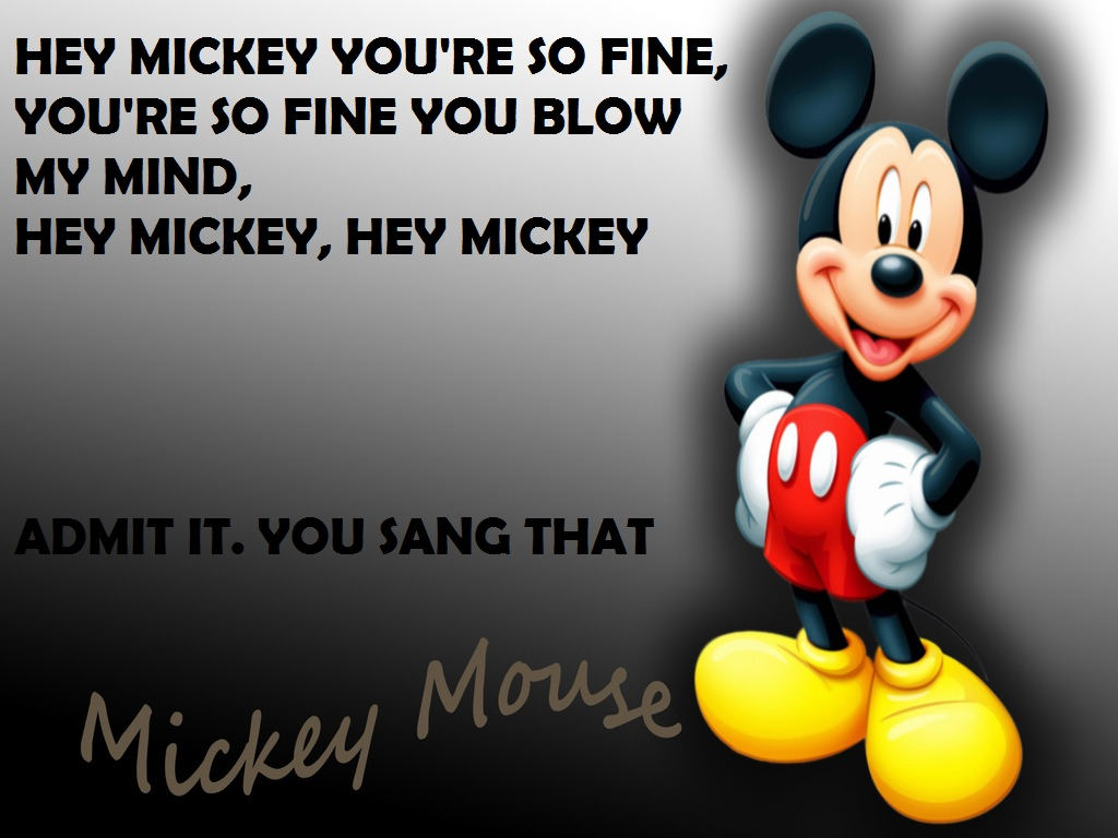 why does mickey mouse have 4 fingers